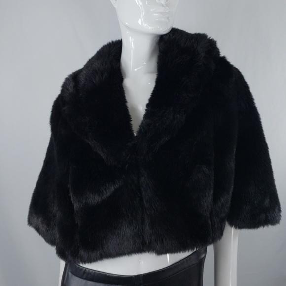 S NWT XS Ann Taylor Loft Faux Fur Trim Cape